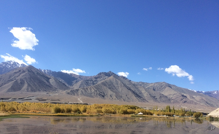 Indus river along the road from Leh IXL airport to SECMOL campus
